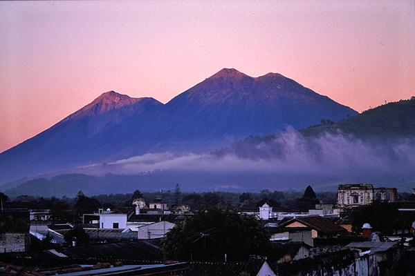 guatemala-volcanoes-03