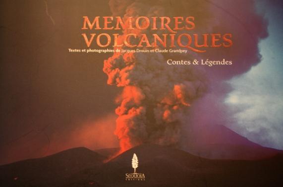Mémoires Volcaniques. Le commander à: grandpeyc@club-internet.fr