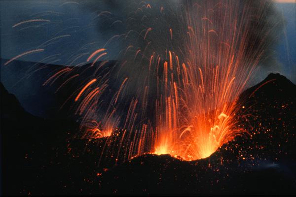 Etna 98 003